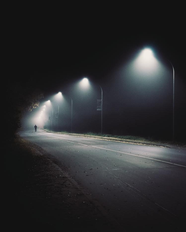 FOG_Pexels_man-walking-on-the-empty-street-3289156.jpg