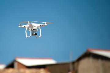 Oppervlaktes en coating inspecteren via drones